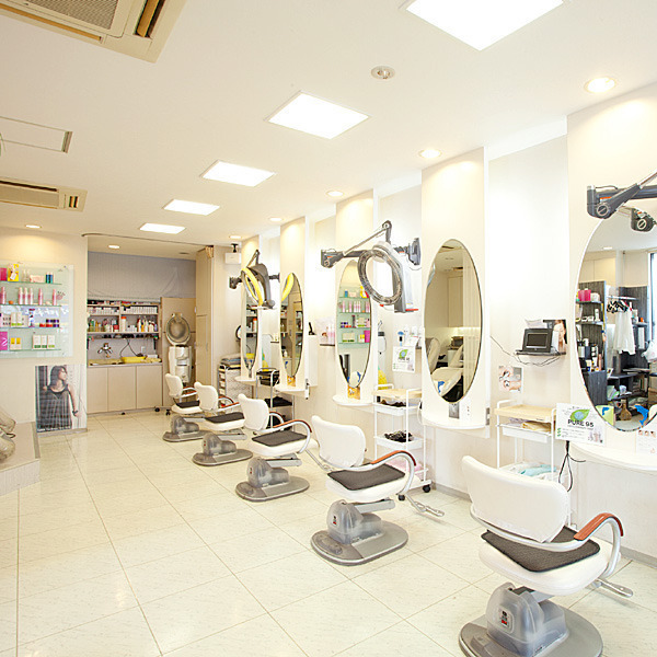 HAIR MAKE One`s 東海店